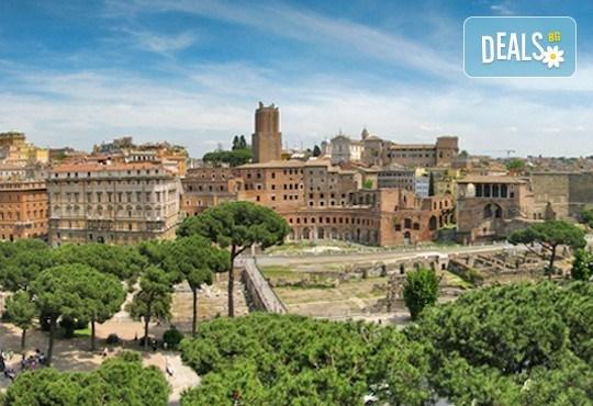 Майски праници в Италия, разгледайте Рим: 3 нощувки със закуски, самолетен билет, летищни такси и трансфери, панорамна обиколка на Рим! - Снимка 9