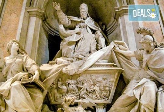 Майски праници в Италия, разгледайте Рим: 3 нощувки със закуски, самолетен билет, летищни такси и трансфери, панорамна обиколка на Рим! - Снимка 10