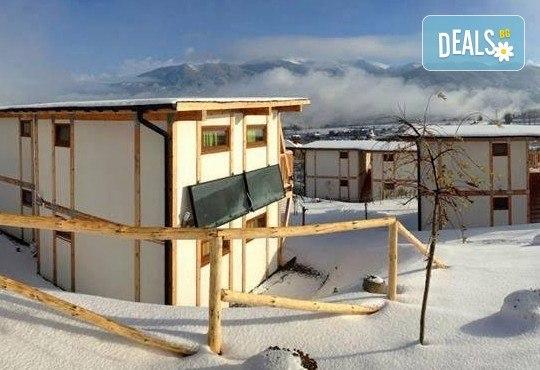 На почивка сред истинската природа през февруари или март! Еко селище Дебели Даб, Стара Кресна - 1 нощувка на човек,безплатен интернет и паркинг! - Снимка 9