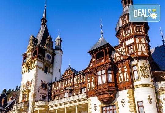 Екскурзия до съседна Румъния през пролетта! 1 нощувка със закуска в Синая, транспорт от Варна, екскурзовод и възможност се посещение на Бран и Брашов - Снимка 1