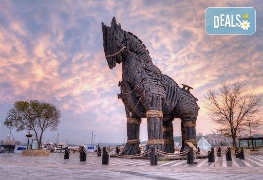 За Великден - екскурзия до Дарданелите и древни градове! 2 нощувки със закуски и вечери в Чанаккале, транспорт и програма - Снимка 1