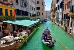 Екскурзия до най-романтичните градове на Италия - Верона и Венеция, през юни и юли! 2 нощувки със закуски в хотел 3*, транспорт от Дари Травел - Снимка
