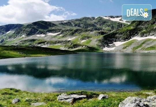 До Седемте рилски езера на дата по избор, с Дари Травел! 1 нощувка със закуска хотел Панорама 2* в Паничище, транспорт и планински водач - Снимка 6
