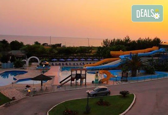 Почивка на Йонийското крайбрежие, Гърция! 5 нощувки, закуски и вечери в Канали Бийч 3*+, Превеза, транспорт и екскурзовод от Дрийм Тур! - Снимка 3