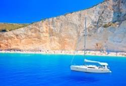 Великден на о. Лефкада - изумрудения остров на Гърция! 3 нощувки със закуски в Авра Бийч 3*, Нидри, транспорт и екскурзовод от Дрийм Тур! - Снимка