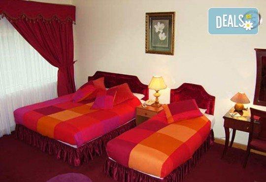На почивка в Дубай с Джон Лий Травел! 7 нощувки със закуски в хотел 3* или 4*, самолетен билет и летищни такси - Снимка 11