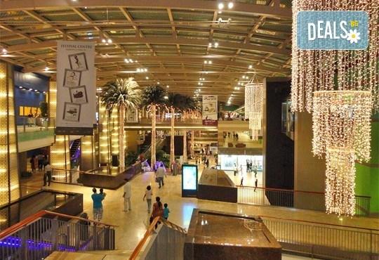 На почивка в Дубай с Джон Лий Травел! 7 нощувки със закуски в хотел 3* или 4*, самолетен билет и летищни такси - Снимка 4
