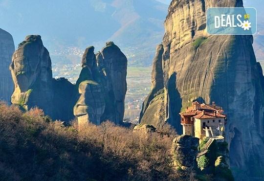 За 3-ти март екскурзия в Гърция със Запрянов Травел! 2 нощувки със закуски в хотел 3* на Олимпийската ривиера, транспорт и програма - Снимка 8