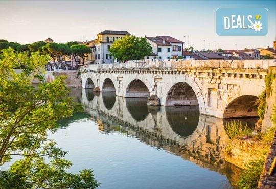 Екскурзия до Италия в началото на май с Амадеус 7! 5 нощувки със закуски в хотел 3*, транспорт и програма във Венеция, Верона, Бари, Алберобело - Снимка 5