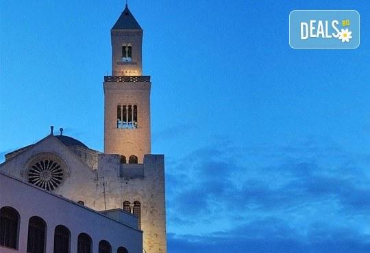 Екскурзия до Италия в началото на май с Амадеус 7! 5 нощувки със закуски в хотел 3*, транспорт и програма във Венеция, Верона, Бари, Алберобело - Снимка 7