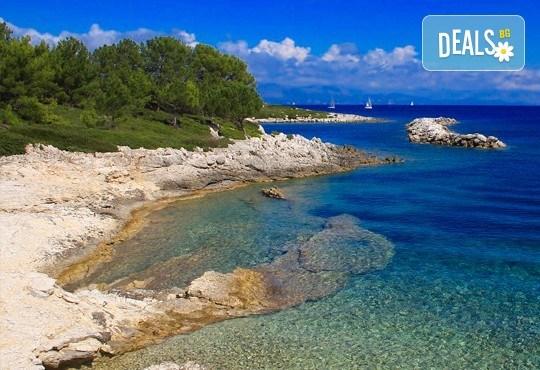 Почивка в Парга - красавицата на Йонийско море, през май, юни или септември! 4 нощувки със закуски в хотел 3*, транспорт и екскурзовод - Снимка 2