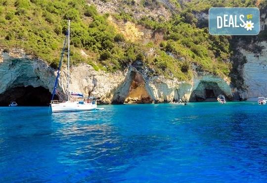Почивка в Парга - красавицата на Йонийско море, през май, юни или септември! 4 нощувки със закуски в хотел 3*, транспорт и екскурзовод - Снимка 3