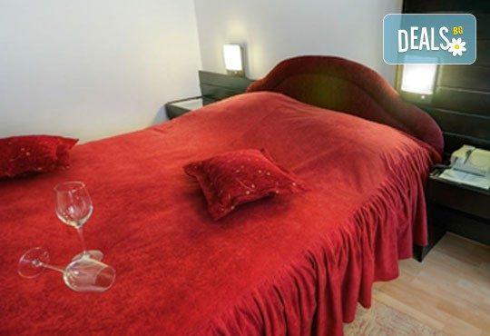 Великден в Сърбия с Darlin Travel! 2 нощувки на база пълно изхранване в СПА хотел Лепенски вир 3*, ползване на басейн и спортна база, транспорт - Снимка 9