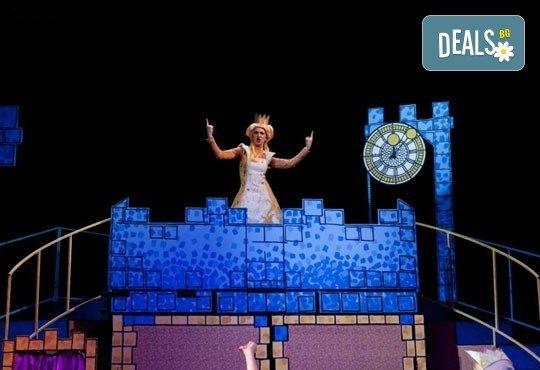 На театър с децата! Спящата красавица в Младежки театър на 12.03. от 11 ч, 1 билет - Снимка 1