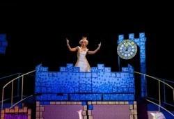 На театър с децата! Спящата красавица в Младежки театър на 12.03. от 11 ч, 1 билет - Снимка
