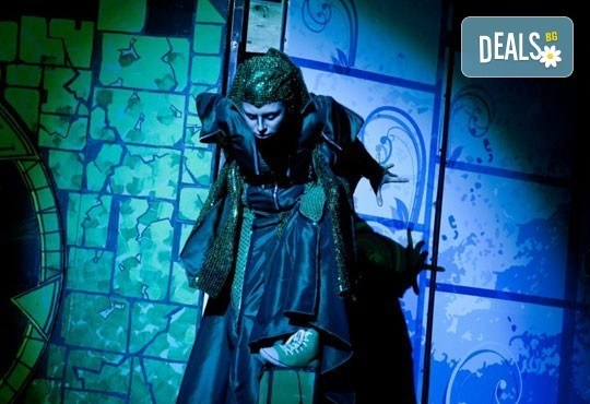 На театър с децата! Спящата красавица в Младежки театър на 12.03. от 11 ч, 1 билет - Снимка 10