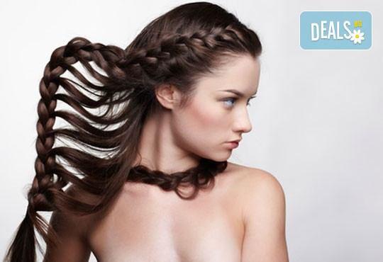 Укротете косата в нова прическа! Сплитане на косата в плитка по избор - водопад и диадема от студио Фантастико - Снимка 2
