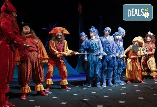 Приказка за малки и големи! Гледайте мюзикъла Питър Пан в Театър София на 12.03. от 11.00 ч., билет за двама! - Снимка 3