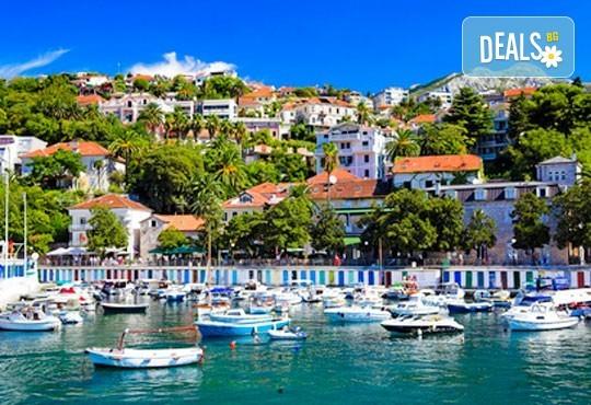 Открийте летния сезон с почивка в Будва, Черна гора, през юни! 7 нощувки със закуски и вечери, транспорт и водач - Снимка 1