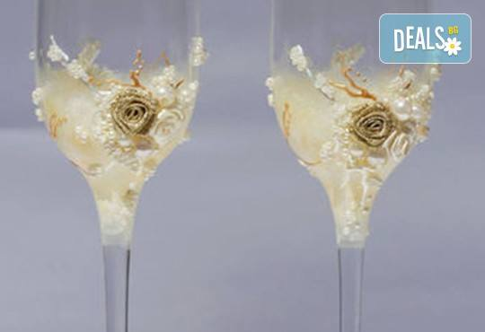 Ръчно рисувани и декорирани ритуални чаши или декорирани комплекти по избор за Вашата неповторима сватба от Ателие МатуреАрт - Снимка 3