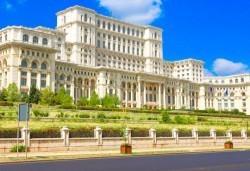 Уикенд екскурзия до Румъния със Запрянов Травел, през март и април! 2 нощувки със закуски в хотел 2/3* в Синая, транспорт и програма в Букурещ! - Снимка