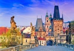 През май до Прага, Братислава и Бърно: 4 нощувки със закуски в хотел 2/3*, транспорт