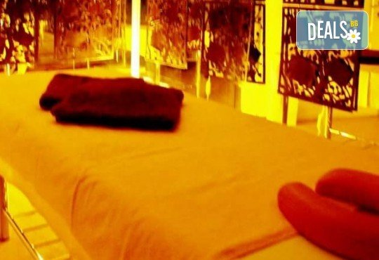 Поглезете сетивата си с антистрес масаж Танцът на гейшата в лилаво с етерично масло от иланг-иланг от Лаура стайл! - Снимка 5