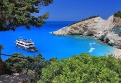 Великден на приказно красивия остров Лефкада! Транспорт, 3 нощувки със закуски и 2 вечери, празничен обяд и посещение на Верия - Снимка