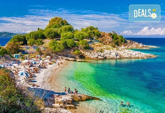 Ранни записвания за море на остров Корфу! 4 нощувки със закуски и вечери в хотел 3*, гръцка вечер с богата програма, транспорт и водач, томбола с подаръци в автобуса - Снимка 1