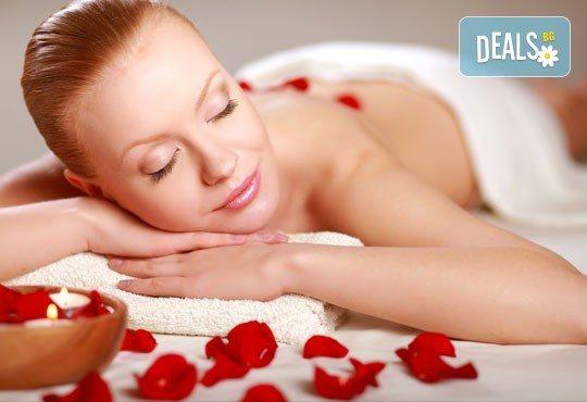 60 или 100 минути СПА терапия за лице и тяло! Шампанско, ягоди и рози или Винена терапия - пилинг, антистрес масаж на цяло тяло и маска на лице! - Снимка 1