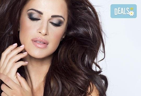 Комбинирана грижа за Вашата коса и ръце! Класически или френски маникюр с лакове OPI или гел лак Gelish и прическа със сешоар в Beauty Studio Flash G! - Снимка 1