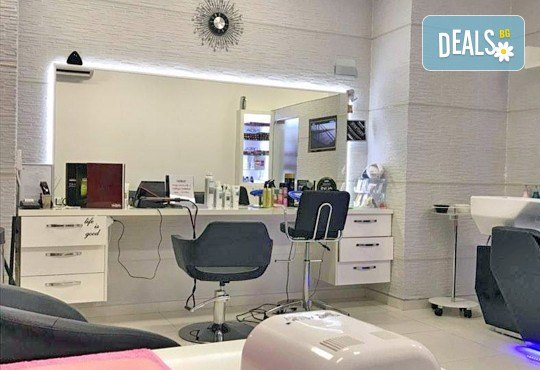 Погрижете се за Вашата чиста и здрава кожа с дълбоко почистване на лице с професионални козметични продукти GLORY от MAKRATI Hair and Beauty! - Снимка 4