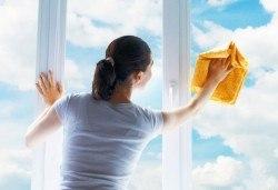 Почистване на прозорци и дограми, почистване на баня или тоалетна и кухненски бокс от Професионално почистване Рего! - Снимка