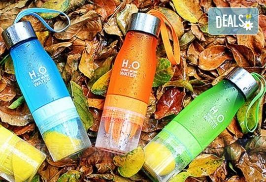 2 в 1 - съчетайте полезно и приятно за един добър ден! Иновативна бутилка за вода с цитрус преса от Нет Стор! - Снимка 2