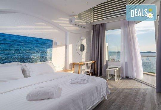 Мини почивка в Уранополи, Халкидики през май! 3 нощувки със закуски и вечери в хотел Akti Ouranoupoli Beach Resort 4* и транспорт - Снимка 4