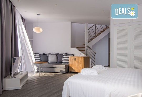 Мини почивка в Уранополи, Халкидики през май! 3 нощувки със закуски и вечери в хотел Akti Ouranoupoli Beach Resort 4* и транспорт - Снимка 5