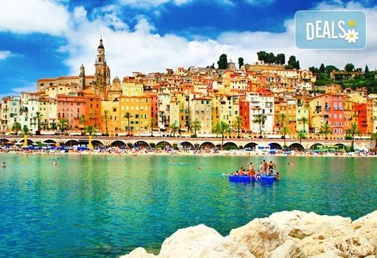 Екскурзия до Барселона, Италианска и Френска ривиера! 7 нощувки със закуски и 3 вечери, самолетен билет и пътни такси - Снимка 1