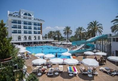 Почивка в Анталия през април или май! 7 нощувки на база All Incl в Palm World Side Resort & SPA 5*, билет, летищни такси и трансфери! - Снимка