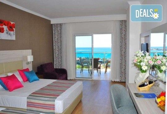 Почивка в Анталия през април или май! 7 нощувки на база All Incl в Side Prenses Resort Hotel & Spa 5*, билет, летищни такси и трансфери! - Снимка 3