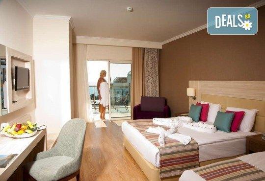 Почивка в Анталия през април или май! 7 нощувки на база All Incl в Side Prenses Resort Hotel & Spa 5*, билет, летищни такси и трансфери! - Снимка 4