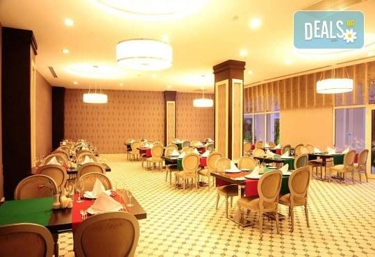 Почивка в Анталия през април или май! 7 нощувки на база All Incl в Side Prenses Resort Hotel & Spa 5*, билет, летищни такси и трансфери! - Снимка 7