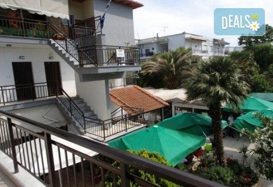 Почивка в Аспровалта, Гърция през април! 4 нощувки със закуски и вечери в хотел Alexander Studios, възможност за транспорт - Снимка 4