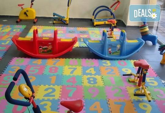 Детски рожден ден за 10 деца! 2 часа лудо парти с украса, парче пица, детски фитнес уреди, музика, възможност за аниматор Елза в Зали под наем Update - Снимка 4