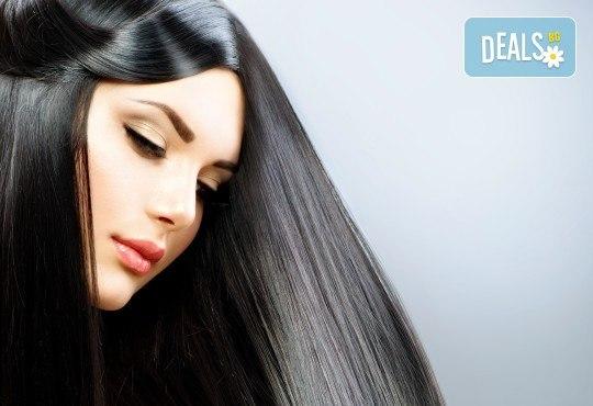 Професионална терапия за изтощени коси с KEUNE, серия CARE, ампула с ултразвук и инфрачервена преса и оформяне на прическа със сешоар в Салон Incanto dream! - Снимка 1