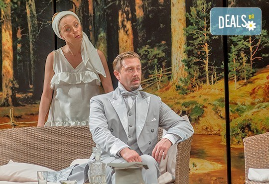 Гледайте Асен Блатечки, Койна Русева, Калин Врачански в Малко комедия, на 09.04. от 19ч, Театър Сълза и Смях, 1 билет - Снимка 2