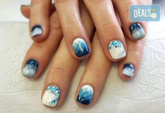 Красиви ръце! Маникюр с гел лак BlueSky или Cuccio и 10 рисувани декорации на супер цена в Салон за красота Angels of Beauty! - Снимка 1