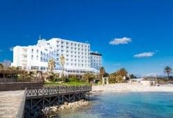 Ранни записвания за почивка в Чешме, Турция! 7 нощувки, All Incl. в Labranda Alacati Princess 4*, възможност за транспорт! - Снимка