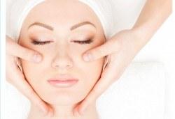 Ново предложение! PLAZMOLIFTING-TM по избор на лице, скалп шия, деколте или длани от Дерматокозметични центрове Енигма - Снимка