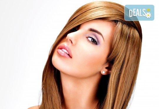 Колаген и кислород за коса Oximate терапия на Hipertin и изсушаване за къса или дълга коса от Дерматокозметични центрове Енигма! - Снимка 2