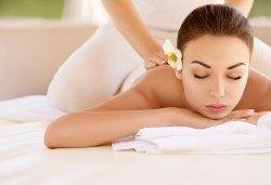 150-минутен SPA-MIX: Релаксиращ масаж на цяло тяло с рефлексотерапия на стъпала и длани, Hot Stone-терапия, кристало терапия и йонна детоксикация в GreenHealth - Снимка